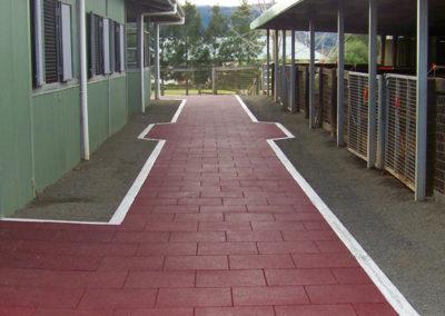 regupol-elastic-tiles-equestrian-horse-flooring-2