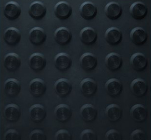Ultimat-classic-black-300x227