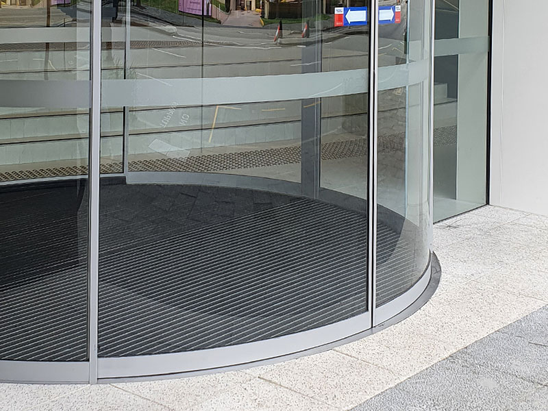 Circular Entrance Matting at 12 St Georges Tce